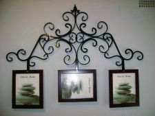 Beautiful picture frame art Wrought Iron Beds, Picture Frames, Picture Frame Art, Wall Decor, Bed Design, Candle Sconces, Home Decor, Metal Daybed, Wrought Iron