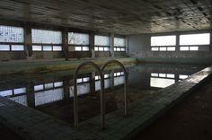 Заброшенный советский военный госпиталь в Легнице .Бассейн