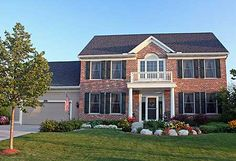 Center hall Colonial 2,671 SF, 4/3