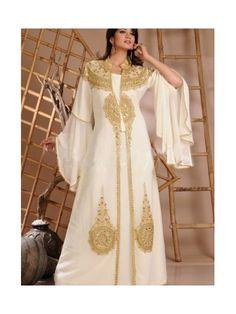 Golden Embroidery Trumpet Long Sleeve Arabic Abaya Wedding Dress Wedding Abaya, Muslim Wedding Dresses, Colored Wedding Dresses, Dresses Uk, Modest Dresses, Habits Musulmans, Moroccan Wedding, Islamic Clothing, Muslim Women