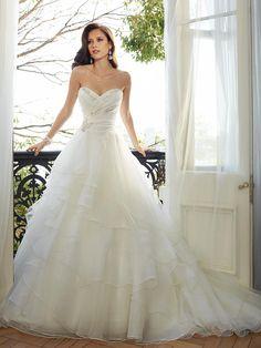 Schulterfreies A-Linien-Brautkleid mit leichtem Volant-Rock, Herzausschnitt und…