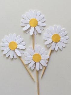 Cardstock -  25 PCS White Daisy Cupcake Topper - Daisy Flower Cupcake Toppers, Baby Shower, Bridal Party, Birthday, Wedding by GoCharmz on Etsy https://www.etsy.com/listing/231749252/cardstock-25-pcs-white-daisy-cupcake