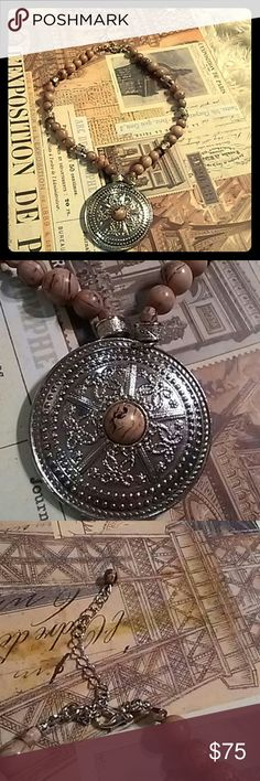 A beautiful Italian necklace from Italy This is a beautiful Artisan crafted Italian necklace from Italy only wore this once as I don't wear jewelry much but it's absolutely a stunning piece. Italian necklace Jewelry Necklaces