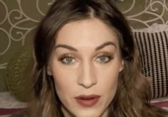 Alexa Chung | 32 Makeup Tutorials That Will Help You Transform Into Your Favorite Celebrities