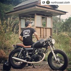 #Repost @northcoast.cloth ・・・ Sometimes you need to be alone. Not to be lonely, but to enjoy your free time being your self. ▫▫▫ Talent @kaka_ate #northcoastclothing #supportlocalbrand