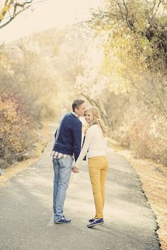 Utah autumn engagement