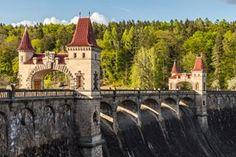 Kudy z nudy - Přehradě Les Království je 100 let: přijeďte se podívat do pohádky! Czech Republic, Prague, Safari, Camping, Mansions, House Styles, Building, Travelling, Beautiful