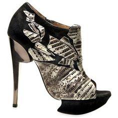 130cabb03e8 Hand-painted reptile-skinned heels by Brazilian designer Alexandre Birman  not only stop traffic