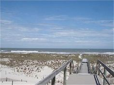 Amelia Island - FL ... This is the island that I work on and take Mars' to. <3