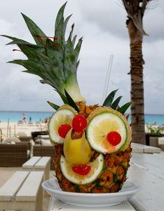 #piñacolada #day #me #like #love #sandos #sandosexperience #sandosevents !