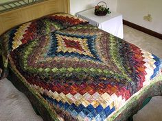 Diamond Bargello Quilt -- marvelous made with care Amish Quilts from Lancaster (hs1555)
