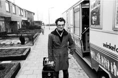 Zevenbergen, Jos van Geel de melkboer, met SRV wagen, begin '70