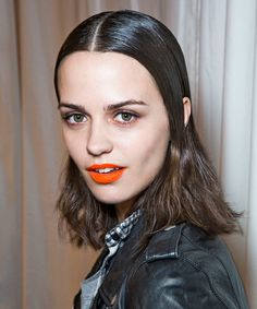 5 Rainy-Day 'Dos That Put Your Pony To Shame #refinery29  http://www.refinery29.com/rainy-day-hairstyle-ideas