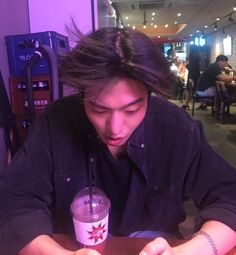 talk about a bad hair day on We Heart It Handsome Korean Actors, Handsome Boys, Ahn Hyo Seop, Romantic Doctor, Joon Hyuk, Nam Joohyuk, Cute Asian Guys, Kdrama Actors, Bad Hair Day