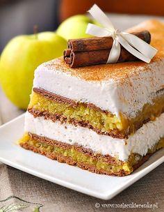 Apple Jelly Cake by Mala_Cukierenka Layered Desserts, Apple Desserts, Just Desserts, Polish Desserts, Polish Recipes, Sweet Recipes, Cake Recipes, Jelly Cake, Different Cakes
