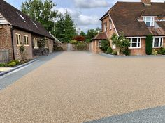 Varney Surfaces are a local company that provide Resin Driveways in Kent and the surrounding areas. With over 21 years experience, our highly skilled staff provide only the highest quality Resin Bound Driveways. Resin Driveway, Resin Patio, Resin Bound Driveways, Ashford Kent, Resin Bond, Contemporary Garden Design, Driveway Ideas, Local Companies, East Sussex