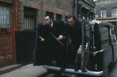 After 25 years, 'The Krays' still holds up