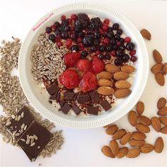 My Casual Brunch: Papas de aveia com frutos vermelhos e chocolate pr...