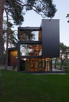 Black Pearl: minimalistische Häuser von Architekt Zoran Bodrozic