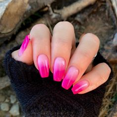 Pink ombré nails hot pink colors used: staff, Scarlett Pink Tip Nails, Hot Pink Nails, Pink Ombre Nails, Pink Acrylic Nails, Diy Nails, Coffin Ombre Nails, Pink Chrome Nails, Ombre Nail Colors, Glitter Tip Nails