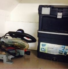 2x4. Tool Box & Saw Cutter. #StorageAuction in Vancouver (AMZ129). Ends Mar 10, 2016 10:00AM America/Los_Angeles. Lien Sale.