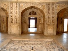 Taj Mahal One Of The Seven Wonders Of The World In Agra, India The Symbol Of Love   World Visits
