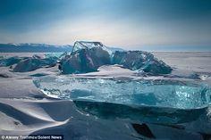 lake baikal ice diamonds | 美しき悲劇の湖!凍結した『バイカル湖』が ...