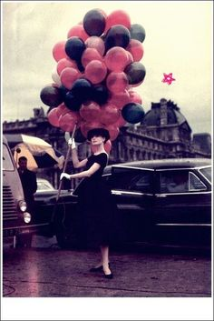 From my fave Audrey Hepburn movie, Funny Face.  Classic/Vintage, Black and Pink Balloons