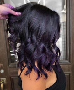 Deep Purple Hair Color Give your strands a purple makeover with this rich-hued dye job. Deep Purple Hair, Hair Color Purple, Hair Color For Black Hair, Dark Fall Hair Colors, Gorgeous Hair Color, Cool Hair Color, Long Dark Hair, Medium Dark Hair, Hair Color Shades