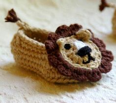 DIY Lion Baby Booties By TwoGirlsPattern Two Girls Pattern - Purchased Crochet Pattern - (craftsy)