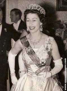 lol Queen Elizabeth II
