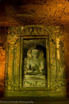 Buddha Statue - Ajanta Cave* Arielle Gabriel writes about miracles and travel in The Goddess of Mercy & The Dept of Miracles also free China toys and paper dolls at The China Adventures of Arielle Gabriel *