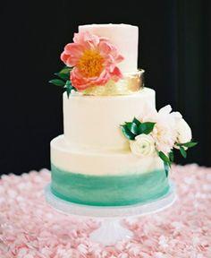 Rosine Hall Dallas Arboretum wedding reception low floral centerpiece