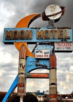 Moon Motel