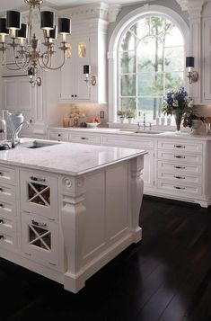 Farmhouse Kitchen Decor Ideas: Great Home Improvement Tips You Should Know! You need to have some knowledge of what to look for and expect from a home improvement job. Farmhouse Style Kitchen, Home Decor Kitchen, Interior Design Kitchen, Kitchen And Bath, New Kitchen, Bungalow Kitchen, Condo Kitchen, Kitchen Wood, Summer Kitchen