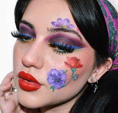 🌺Collab🌺 Hoy subo otra colaboración con esta gente hermosa 💜 El tema era recrear el maquillaje de otra persona del grupo y a mi me tocó… Carnival, Halloween Face Makeup, Make Up, Instagram, Maquiagem, Group, Sweetie Belle, People, Maquillaje