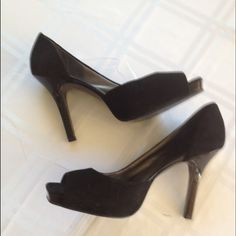 "Wowza! Peep  toe black suede pump Jessica Simpson black suede peep toe pump with 4 1/2 "" patent leather heel. Lightly worn. No stains or damage Jessica Simpson Shoes Heels"