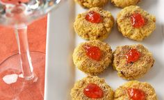 Makes a tasty, bite-sized appetizer, or serve with a salad to make it a meal. Mini Crab Cakes, Epicure Recipes, Food Dye, Nut Free, Recipe Using, Yummy Treats, Great Recipes, Main Dishes, Good Food