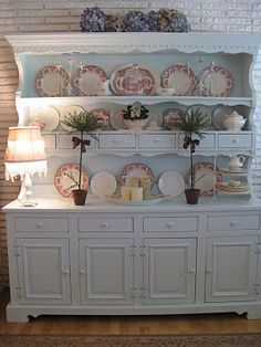 Gorgeous!!! Can I have one exactly like this? Dishes and all?!