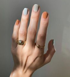 nail expert predicts the seven biggest nail trends for spring Read on for this year's spring nail trends. nail expert predicts the seven biggest nail trends for spring Read on for this year's spring nail trends. Nagellack Design, Nagellack Trends, Minimalist Nails, Spring Nail Trends, Spring Nails, Winter Trends, New Nail Trends, Spring Nail Colors, Summer Nails