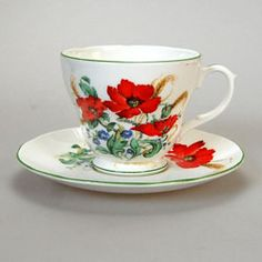 Love this pretty vintage Duchess Poppies pattern bone china teacup & saucer