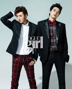 """tvN's """"Flower Boy Next Door"""" actors - in Vogue girl. For the February issue, actors Yoon Si Yoon, Kim Ji Hoon, Go Kyung Pyo, Kim Jung San and Mizuta Kouki have transformed into """"beautiful boys with scarves"""" for Valentine's Day. Korean Men, Asian Men, Korean Actors, Korean Dramas, Flower Boy Next Door, Flower Boys, Asian Celebrities, Celebs, Yoon Shi Yoon"""