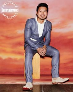 See all the photos from Simu Liu's superheroic EW cover shoot Math Genius, Les Gifs, Best Pal, Man Thing Marvel, The Best Films, Asian American, Marvel Characters, Fictional Characters, Trending Topics
