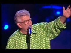 Rolf Harris- Royal Albert Hall- Tie Me Kangaroo Down Sport....brings back some memories LOL