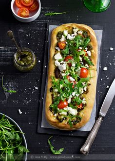 Pica sa pesto i kozijim sirom / Pesto & goat cheese pizza