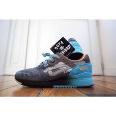 "Asics Gel Lyte III x @slamjamsocialism ""6th Parallel""  Thanks @shoezgallery for personnal message in my order !  #lpu #asics #slamjam #gellyte3 #gellyteiii #asicsgallery #asicsaddict #asicsteam #asicsworld #sneakersmag #runnersclubuk #therealblacklist #weartga #runnergang #hichemog #womft #crepecity #sadp #sneakersaddict #sneakerheaduk #complexkicks #44runners #highsnobiety #hypebeast #trocsneakers #sneakernessparis #dreamsneakers #sneakersevent by tcoolkicks"