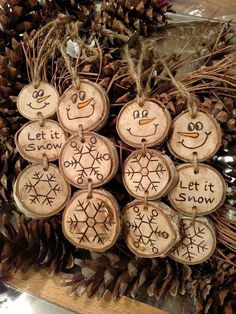 Wood Burned Snowman Christmas Ornaments -- Stacked Snowman Ornaments/Gift Tags on pine wood slices, Snowman Christmas Ornaments, Homemade Christmas Decorations, Wood Ornaments, Christmas Signs, Rustic Christmas, Christmas Projects, Handmade Decorations, Discount Christmas Decorations, Merry Christmas