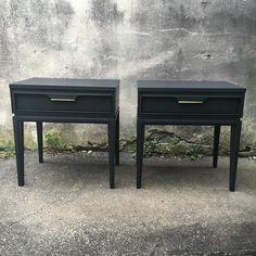 sweet lil set of #midcenturymodern #endtables in a custom grey...  available now at Eastcote Devon  Open until 6 today and tomorrow 4 on Sunday  #reimagined #vintagefurniture #workingfurnitureshop #devonpa #eastcotelane