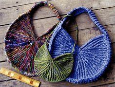 Sunburst Purse Knitting Pattern  | Purse, Bag and Totes Knitting Patterns at http://intheloopknitting.com/bag-purse-and-tote-free-knitting-patterns/