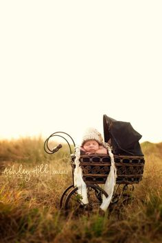 I need to find one of these old prams. Gorgeous!